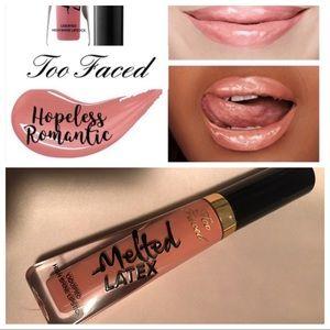 Too Faced High Shine Lipgloss/ Hopeless Romantic